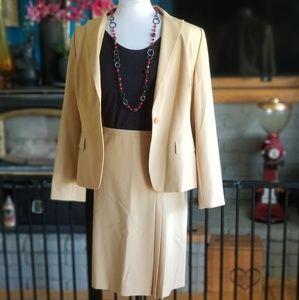 Ann Taylor Loft skirt suit sz 12 Light Tan/beige